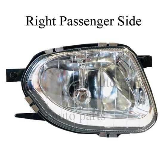 Mercedes Sprinter 2500 3500 Fog Lamp Light With Bulb Right Passenger Side 2006 To 2013